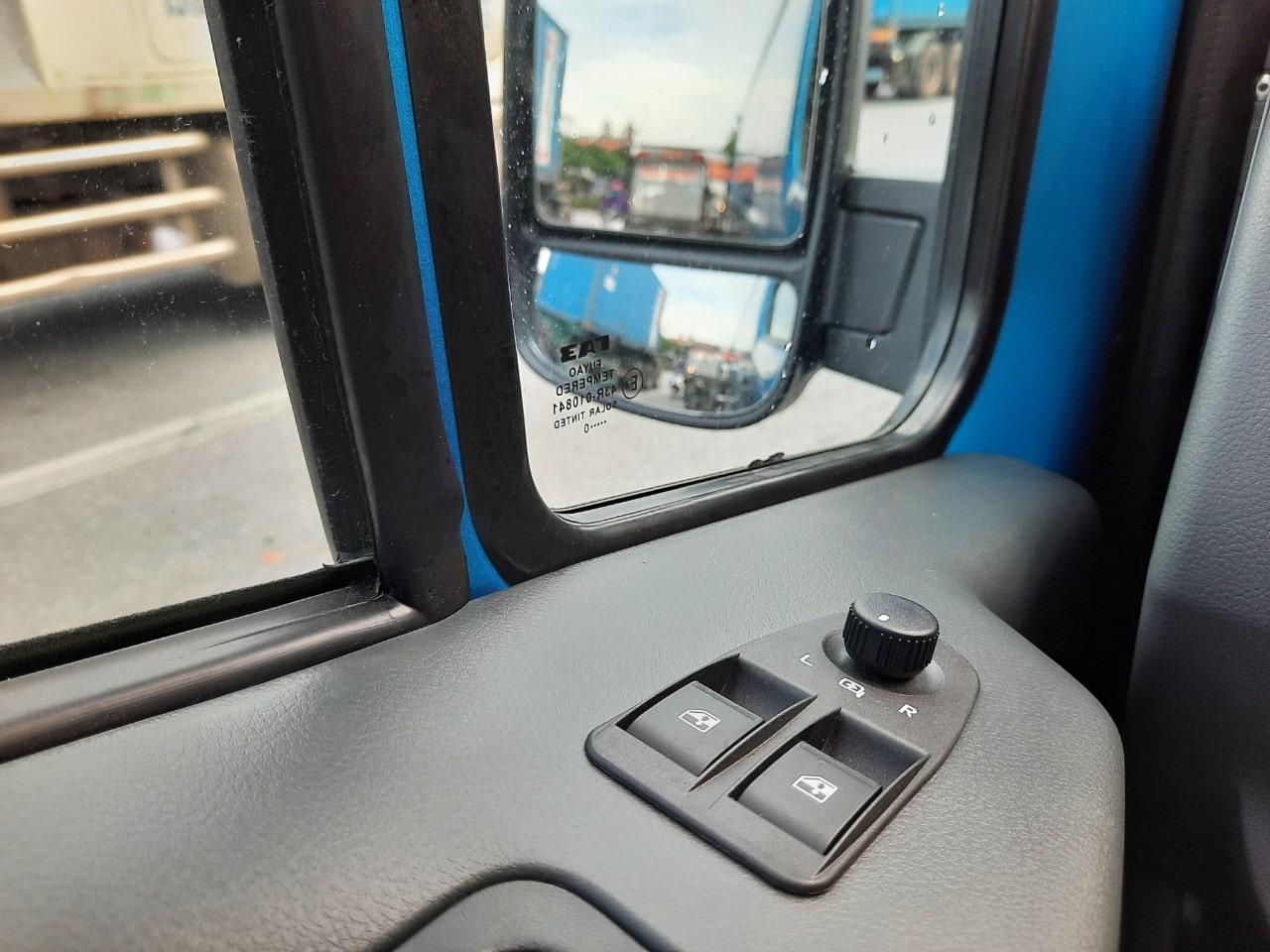 Xe tải Van Gaz 3 chỗ tải trọng 670Kg nhập khẩu tại Hải Phòng - Ảnh 4